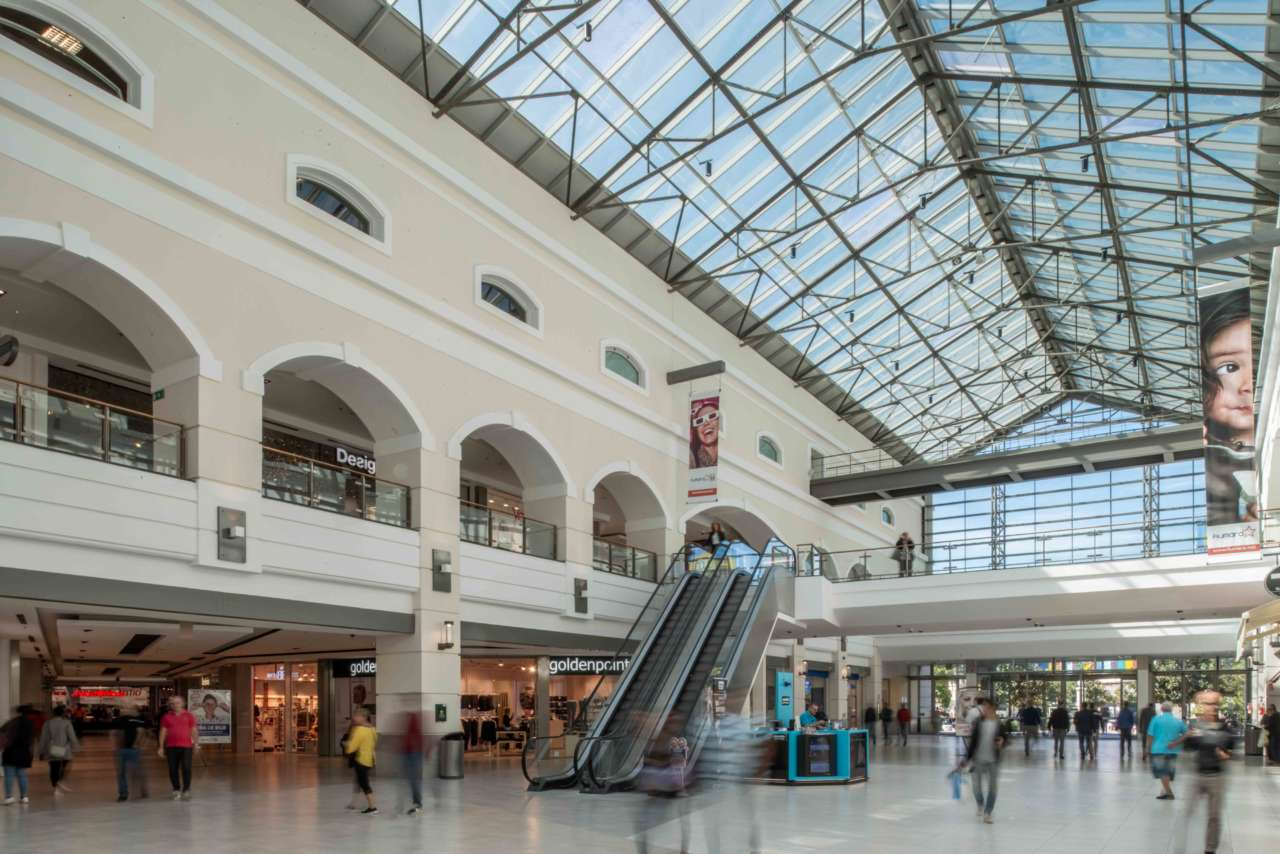 fiumara shopping mall